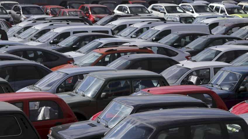 Domestic car sales rise 2% in April: SIAM