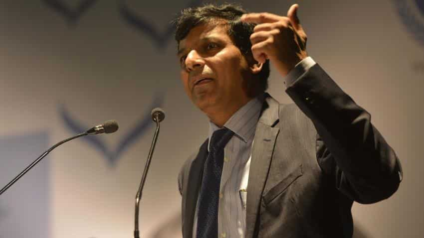 Raghuram Rajan floats 'traffic signal' like control on central bankers
