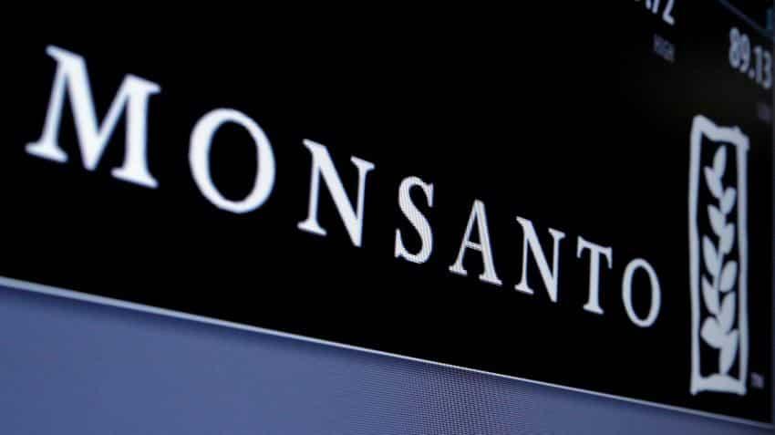 Govt backtracks on BT Cotton royalty fee; did Monsanto's 'quit India' threat work?