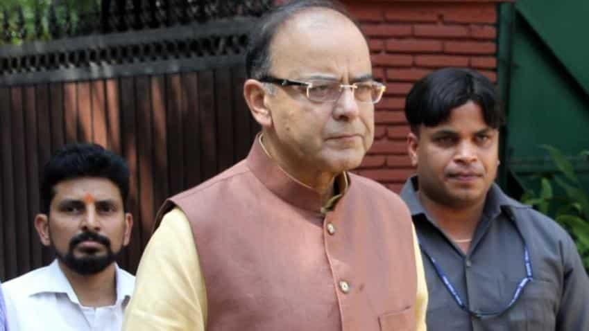 FM Jaitley disapproves of personal attacks on Raghuram Rajan