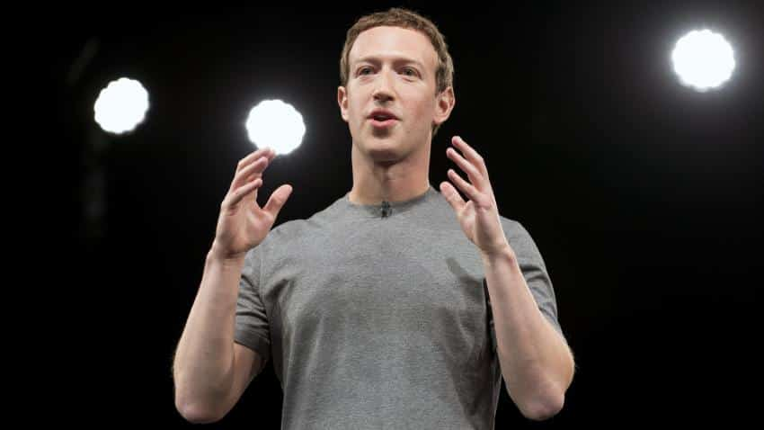 Facebook to disable messaging in its mobile web app to push Messenger
