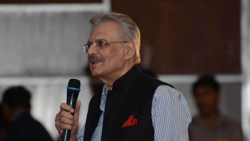 ITC's Deveshwar finally decides to hang his boots