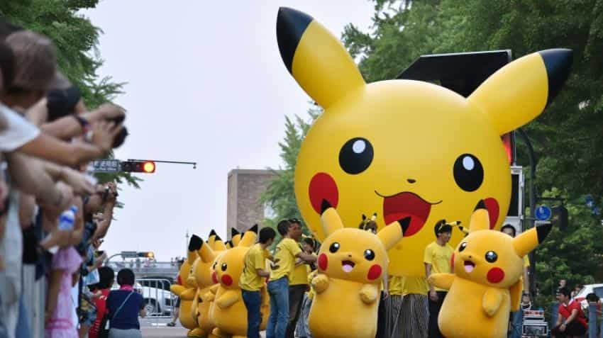 Nintendo shares plunge on Pokemon Go warning