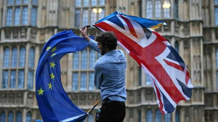 Brexit could be delayed until late 2019, report says