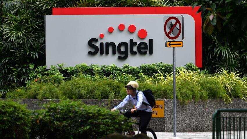 SingTel to invest $ 2.47 billion in Bharti, Intouch