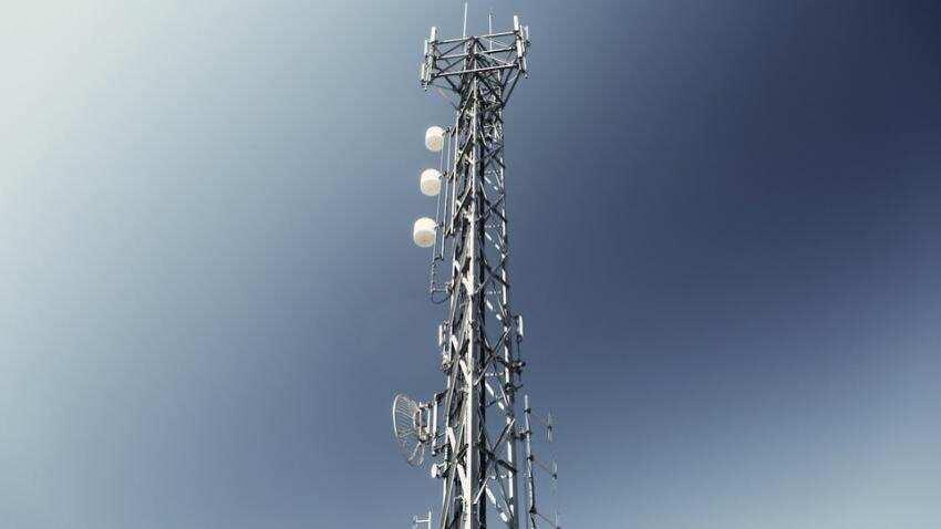 Govt defers mega spectrum auction by 2 days to October 1