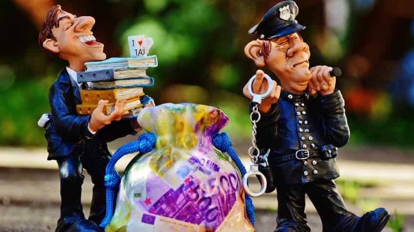 Income Tax dept to 'name & shame' chronic crorepati defaulters