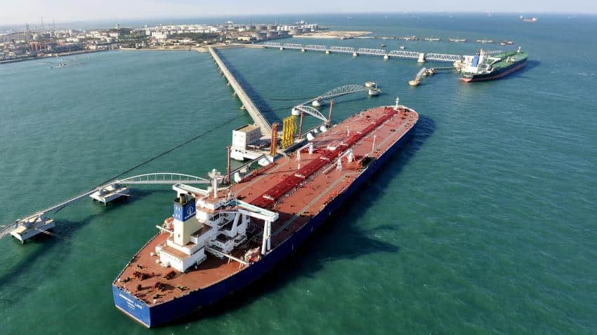 Indian Oil Corp raises oil import from Iran to 5 MT for FY17