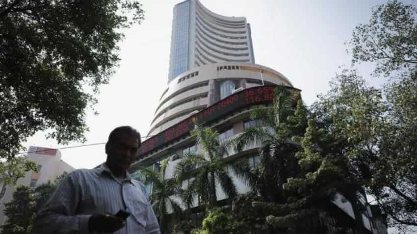 Indian markets flat on weak GDP data, Asian cues