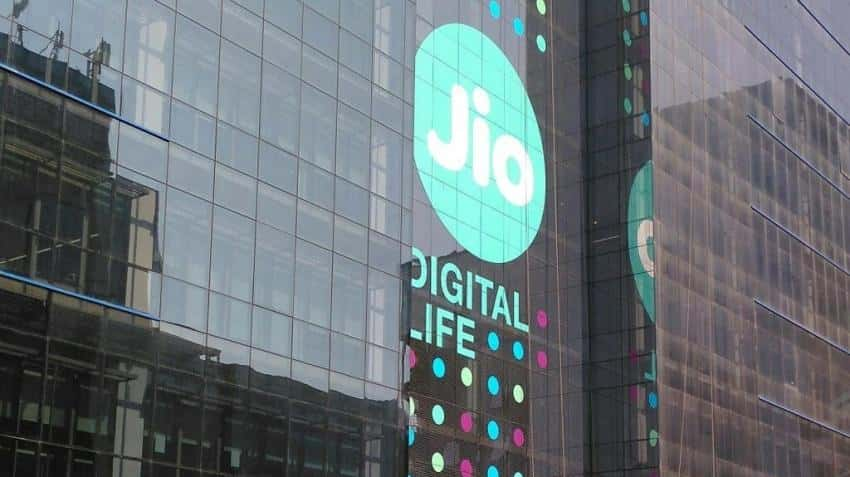 Reliance Jio: Airtel and Idea lost nearly Rs 15000 crore in market cap