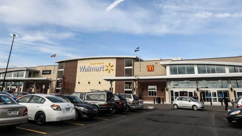 Walmart hourly associates earn more than $200 million in cash bonuses