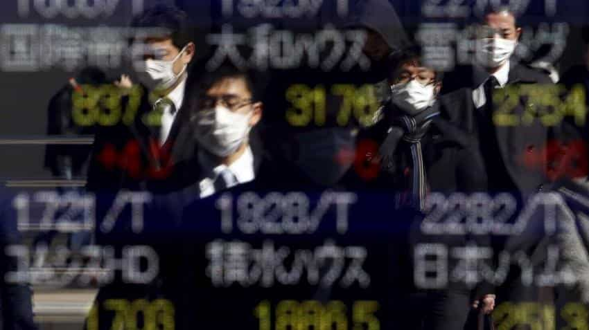 Asian stocks slip as Deutsche Bank drags Wall Street