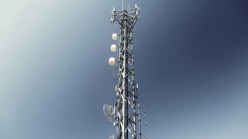 Low-interest spectrum auction may still improve data bandwidth, services