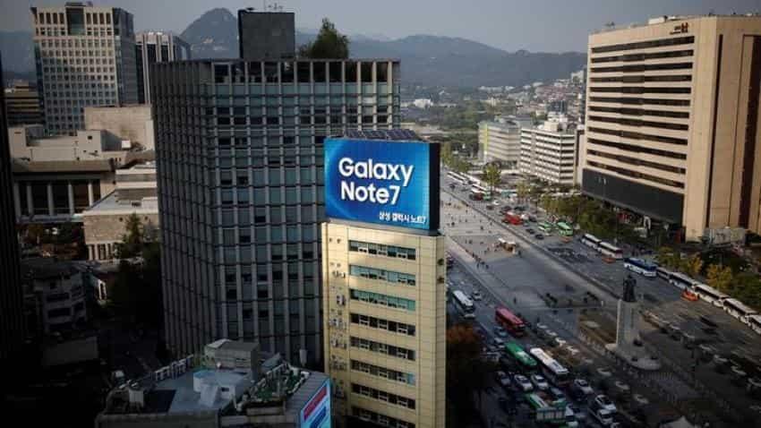 Apple, Google shares gain as Samsung halts Galaxy Note 7 production