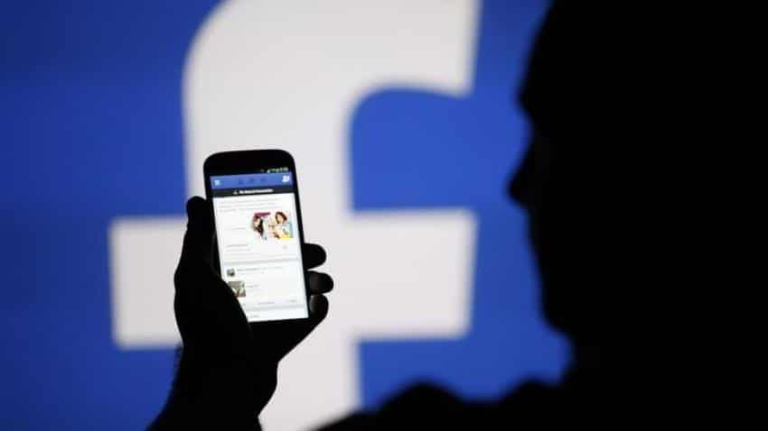 Now, Facebook allows users to order food with new feature