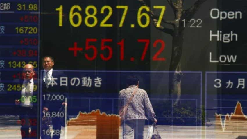 Asian shares, dollar rattled by US election uncertainty
