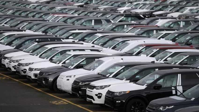 Jaguar Land Rover agrees inflation-beating UK pay deal , Companies