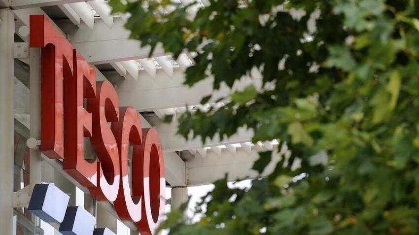 Raid on 20,000 Tesco Bank accounts fuels UK cybercrime fears