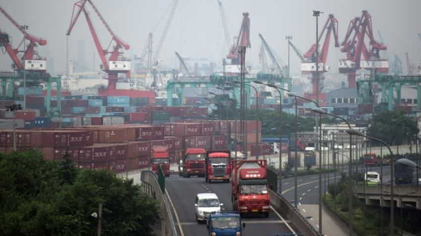 China's exports drop 7.3% on-year in October
