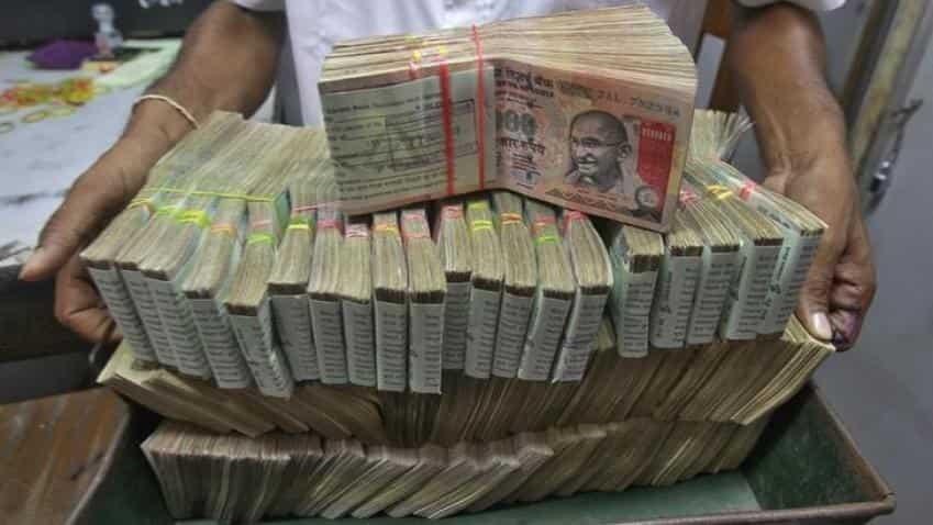 Demonetisation: I-T conducts raids in Delhi, Mumbai, other cities