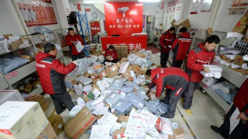 Chinese spend billions on Singles' Day