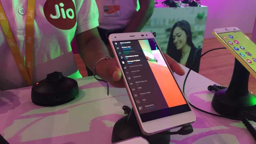 RJio rates not predatory, discriminatory says Ministry of Communications