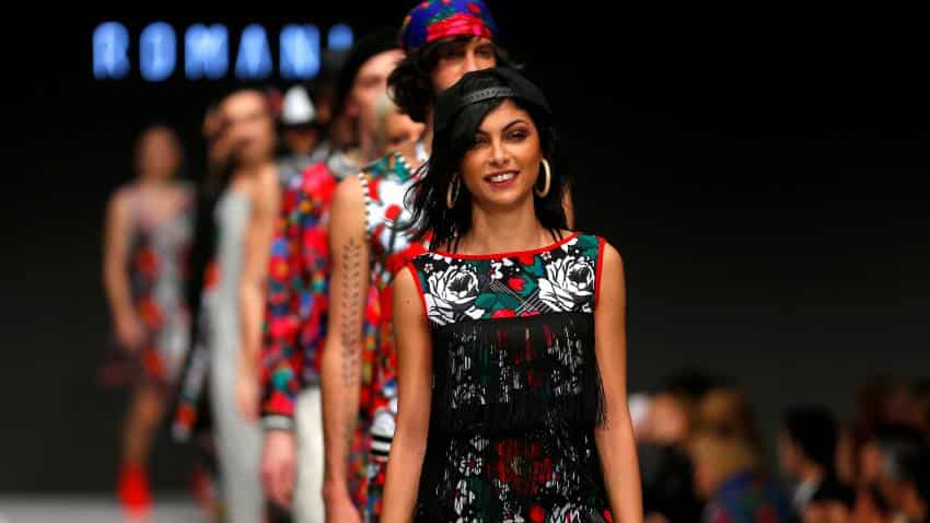 Indians flock to buy branded apparel; cast out new entrants, online retailers