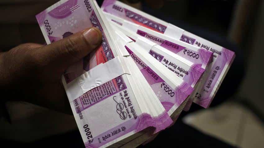 Rupee cracks 68-level, tumbles 32 paise