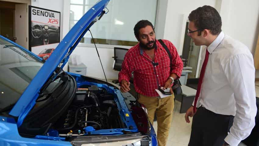Demonetisation: Car dealerships see near zero sales