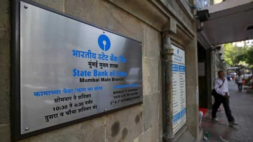 Demonetisation: SBI waives merchant discount rate on Master, Visa debit cards