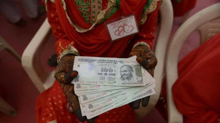Demonetisation: India cash ban slims down big fat weddings