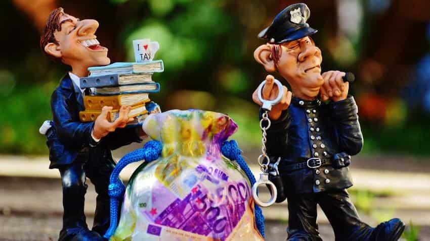 Demonetisation: Govt suspended 27 bank officials for irregular activities