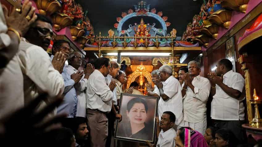 Amma dies, Chennai shuts down all ops