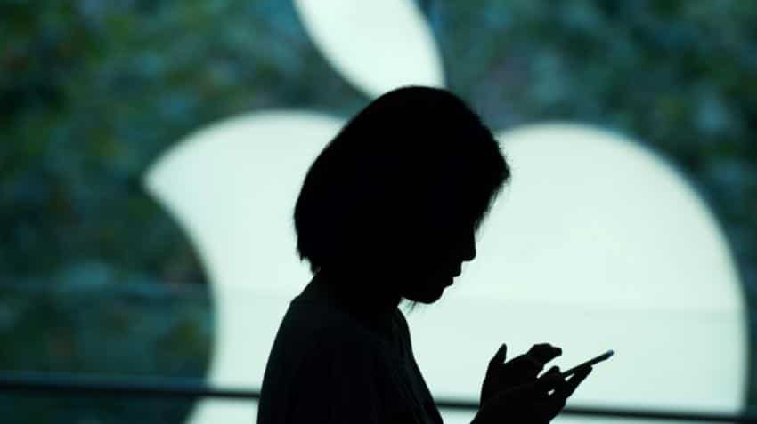 China users complain of combustible iPhones: Shanghai Consumer Council