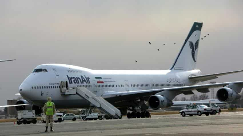Iran Air signs contract to buy 80 Boeing planes