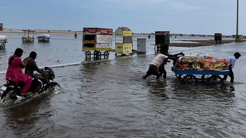 Airlines divert, cancel flights to Chennai on cyclone Vardah warnings