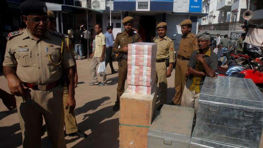 ED arrests 7 middlemen; seizes Rs 93 lakh new notes in Karnataka
