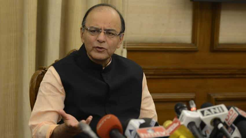 RBI to inject significant amount of currency in 3 weeks, assures FM Jaitley