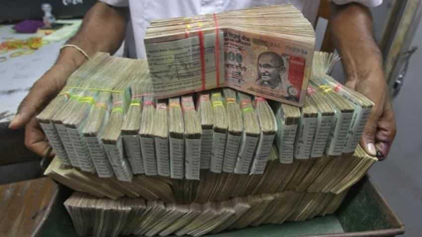 RBI's senior official arrested for illegal exchange of new currency