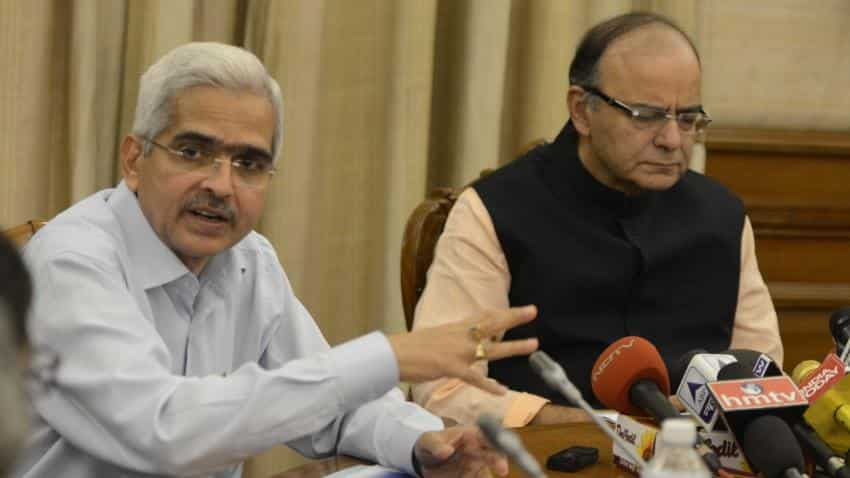 Govt is emphasising on providing cash to rural areas, says Shaktikanta Das