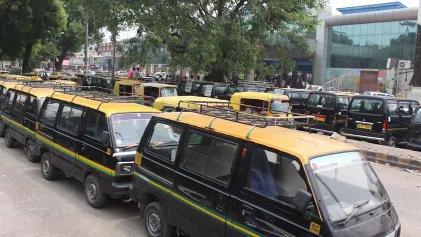 'Kaali-peeli' taxis may soon run on Ola, Uber apps