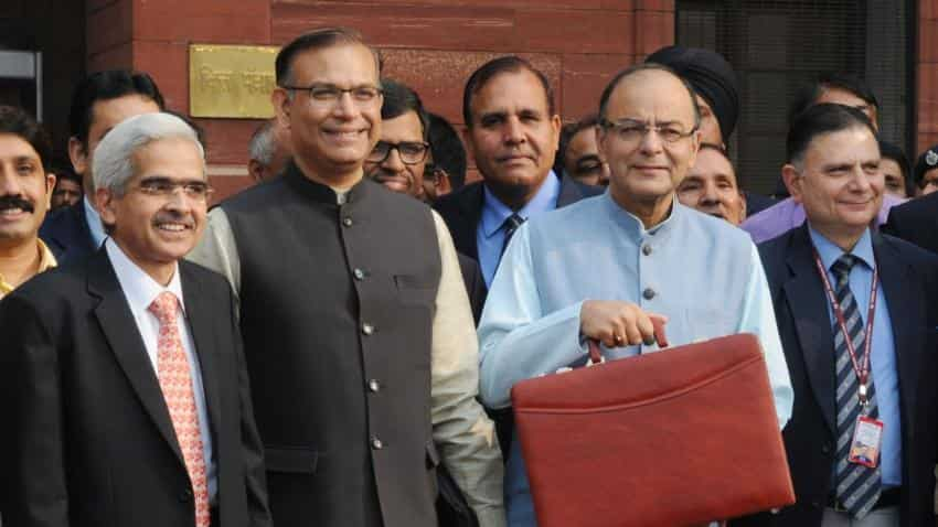 Economists pitch for 'out-of-box' Budget to FM Arun Jaitley
