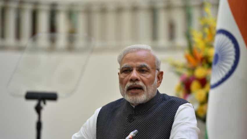 After corruption charge, Modi mocks at Rahul