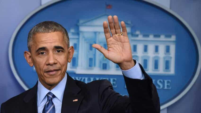 Obama says goodbye, rally spirits of Democrats