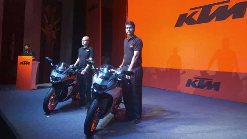 Bajaj Auto launches latest models of KTM RC 390, RC 200