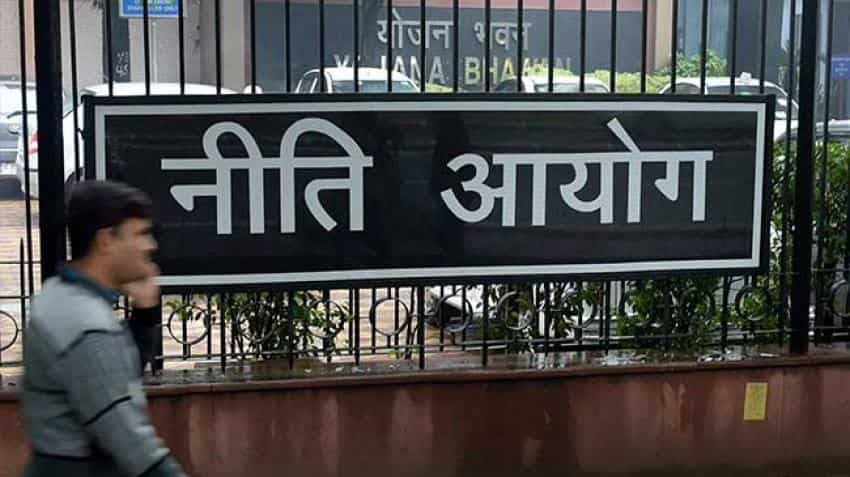 NITI Aayog proposes anywhere banking for deposits and withdrawals
