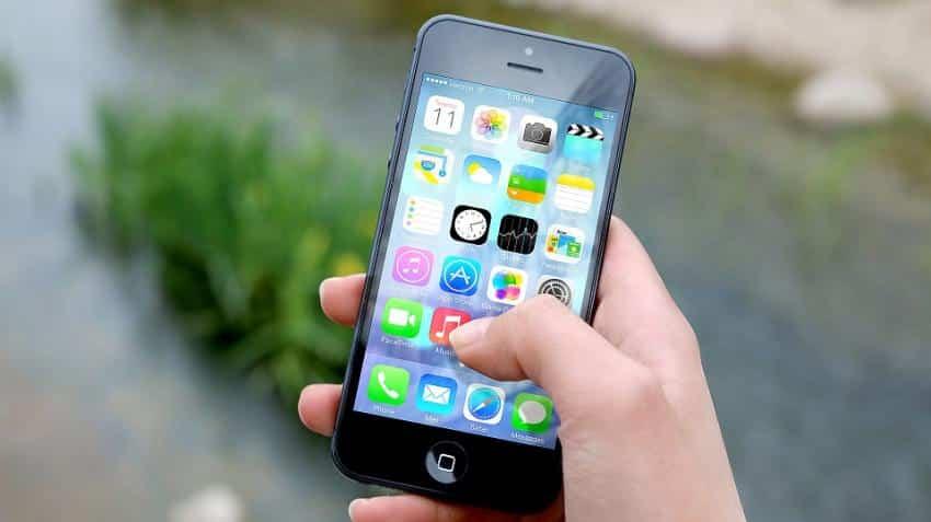 Indian smartphone market grew 5.2% in 2016: IDC
