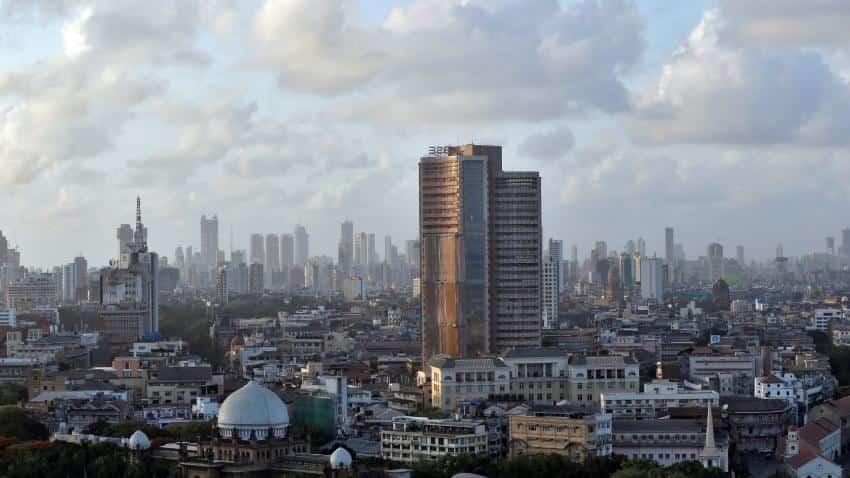 Sensex ends higher; IT stocks surge