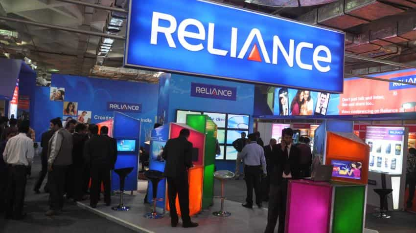 Not in talks with Tata Tele for merger, clarifies Reliance Communication