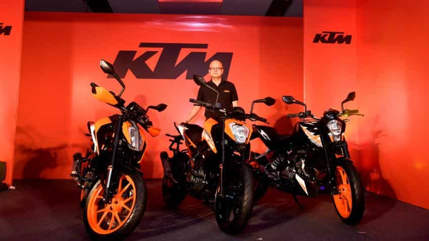 Bajaj Auto launches new KTM 390 Duke, 250 Duke, 200 Duke motorcycles